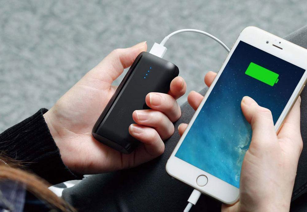 Как должна происходить первая зарядка аккумулятора смартфона